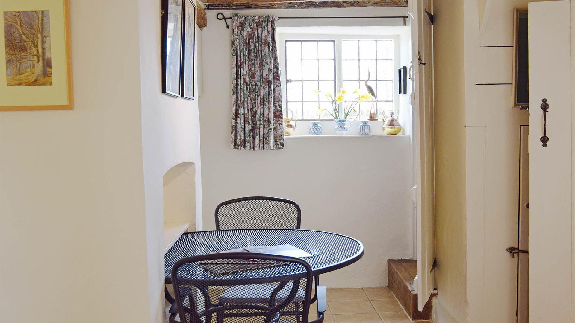 Hallway, Maisey Cottage, Bolthole Retreats