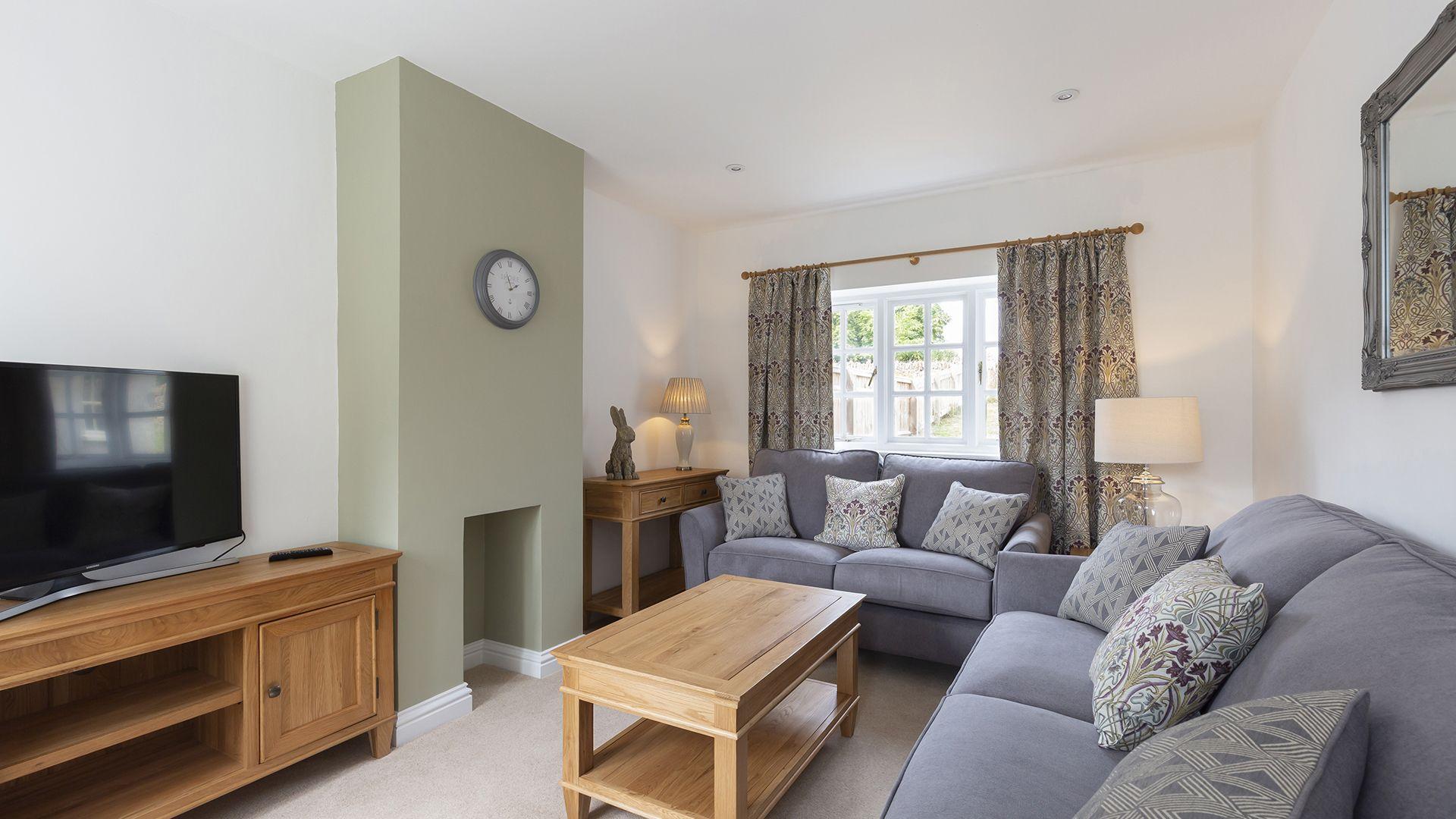 Living room, Meadow View 2, Bolthole Retreats