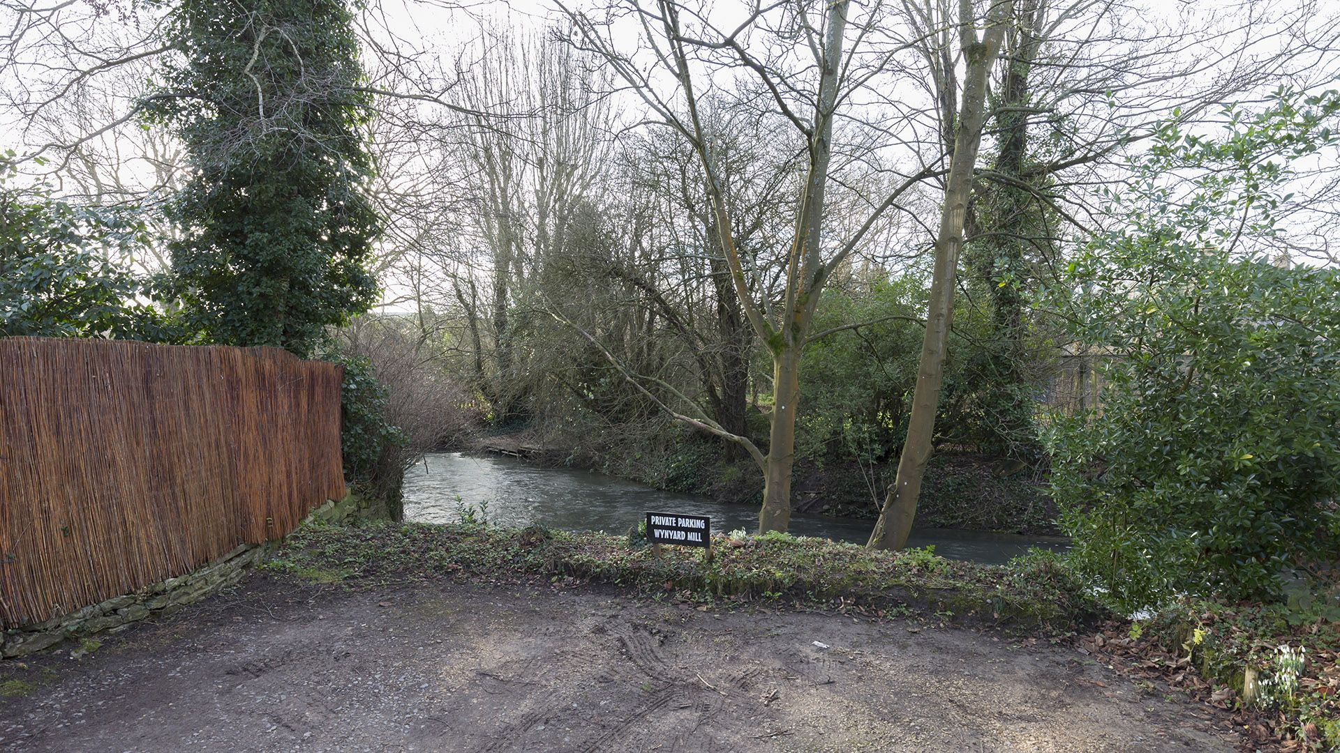 Private parking, The Leat at Wynard Mill, Bolthole Retreats