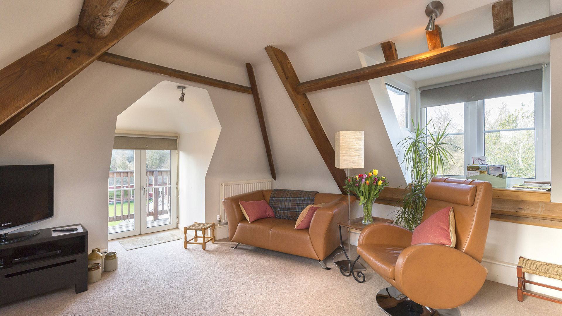 Living area, The Leat at Wynard Mill, Bolthole Retreats