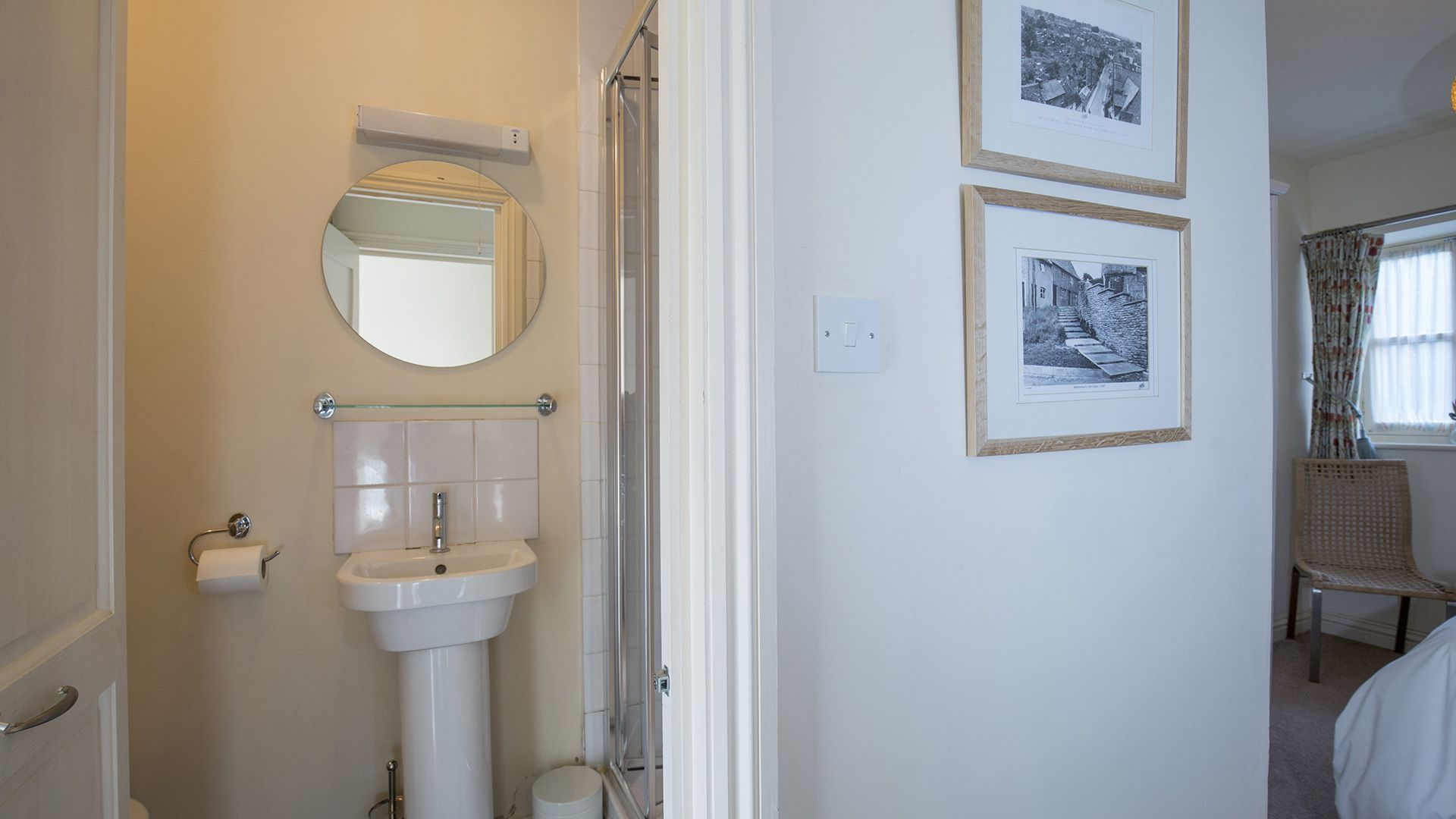 En-suite shower, The Leat at Wynard Mill, Bolthole Retreats