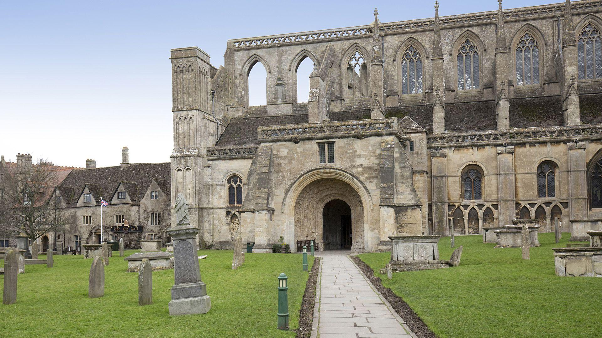 Malmesbury Abbey, Malmesbury, Bolthole Retreats