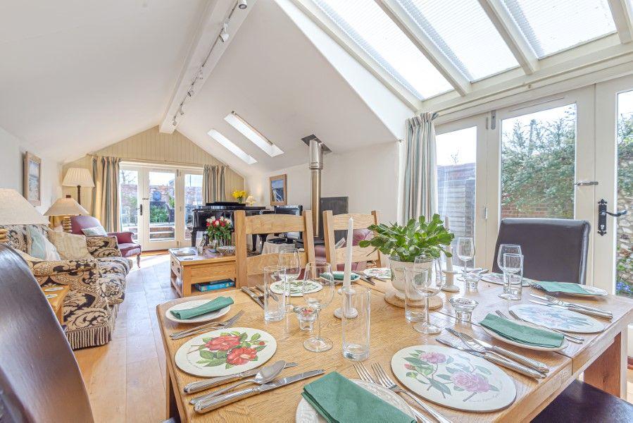 Hamilton House | Dining area