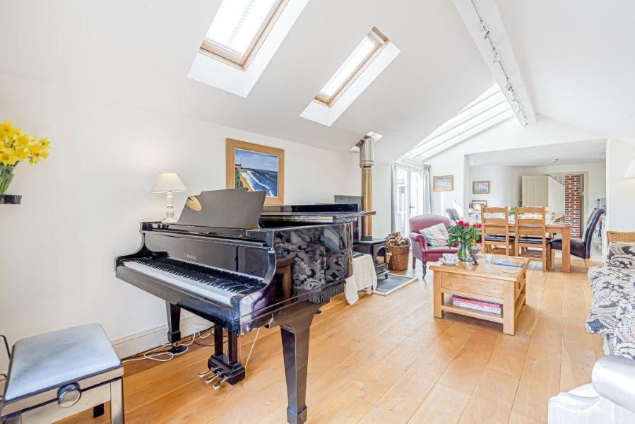 Hamilton House | Grand piano