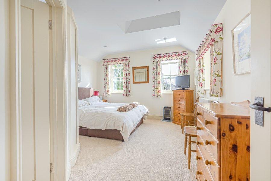 Hamilton House | Bedroom 1