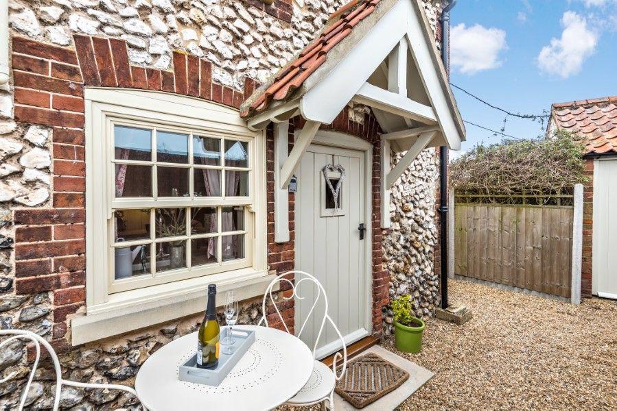 Sutton Cottage | Garden