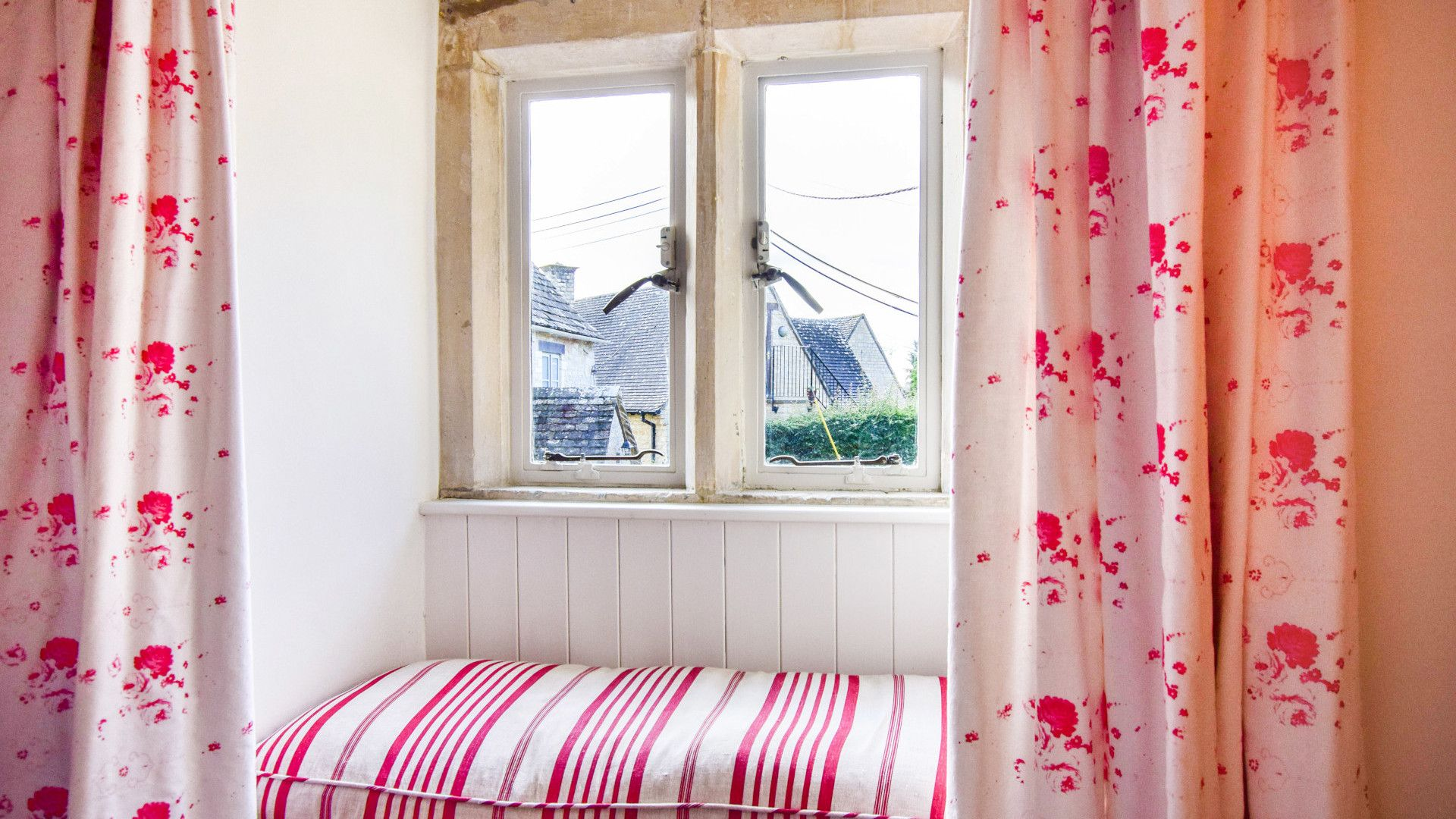 Bedroom 2 with window seat, Spinners Cottage,  Bolthole Retreats