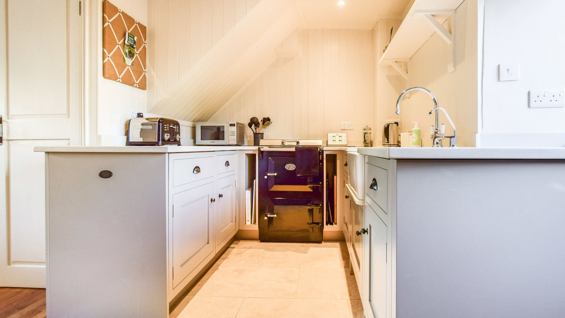 Kitchen, Spinners Cottage,  Bolthole Retreats