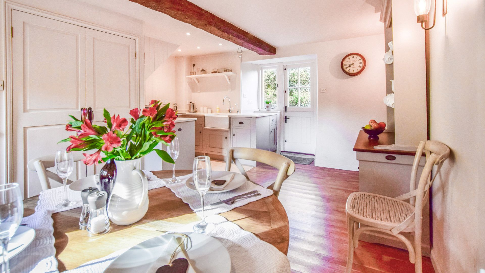 Dining table, Spinners Cottage,  Bolthole Retreats
