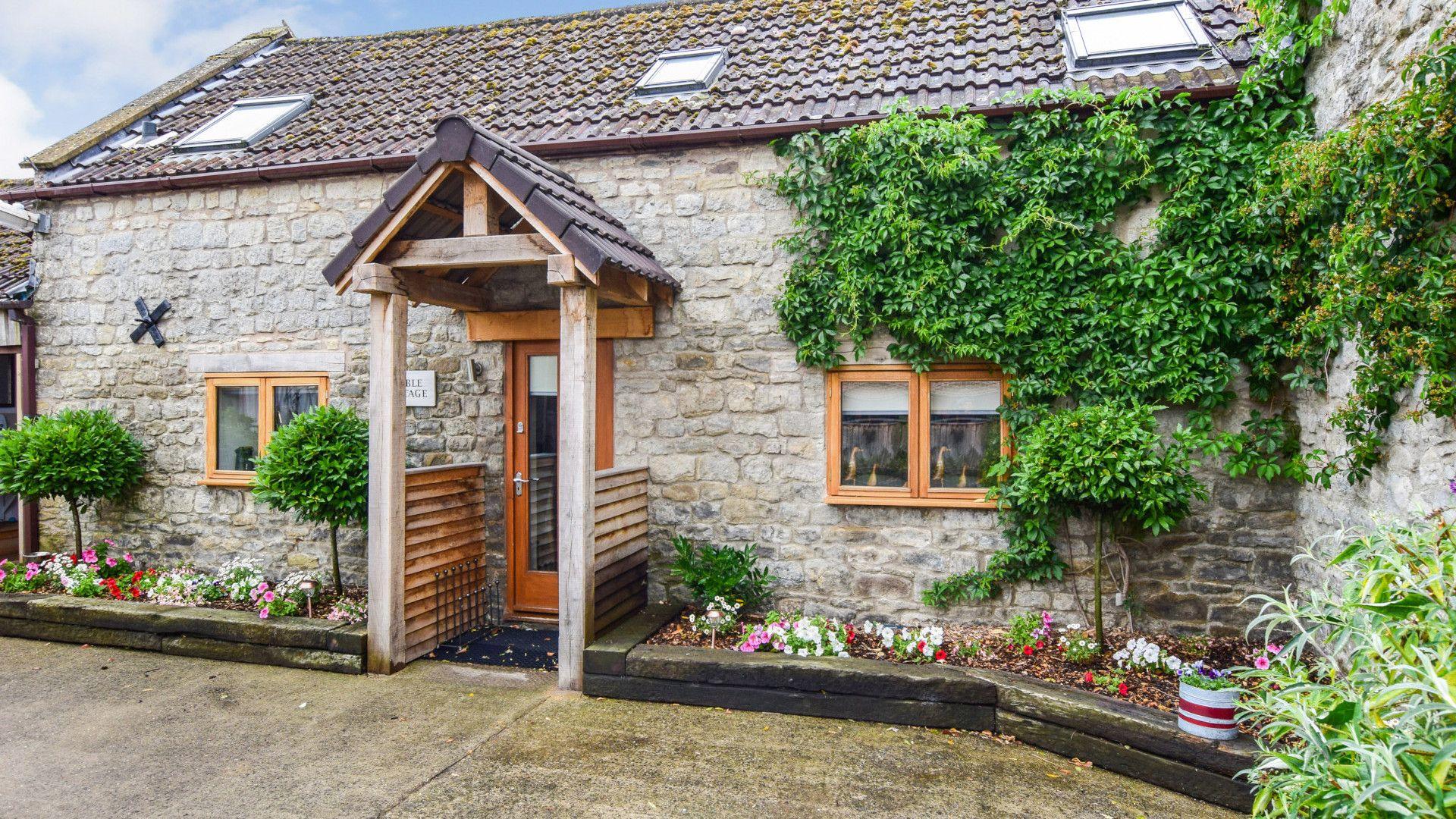Stable Cottage at Avon Farm, Bolthole Retreats