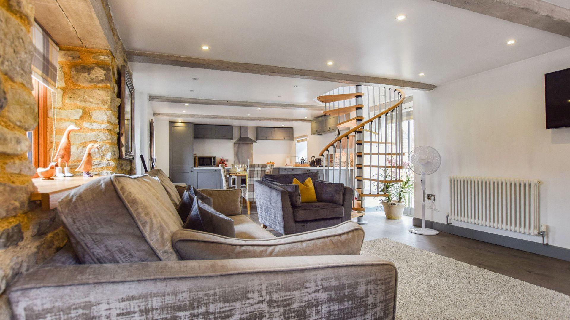 Living area, Stable Cottage at Avon Farm, Bolthole Retreats