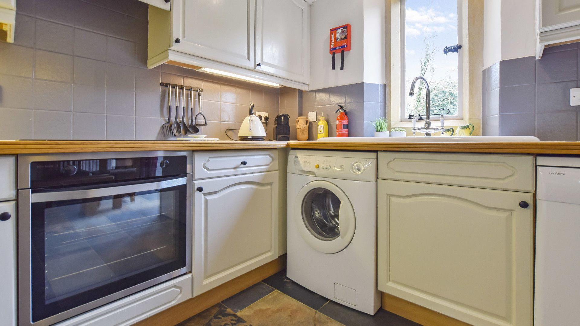 Kitchen, Stepping Stones, Bolthole Retreats