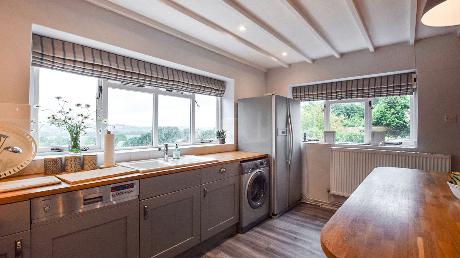 Kitchen, Suncroft, Bolthole Retreats