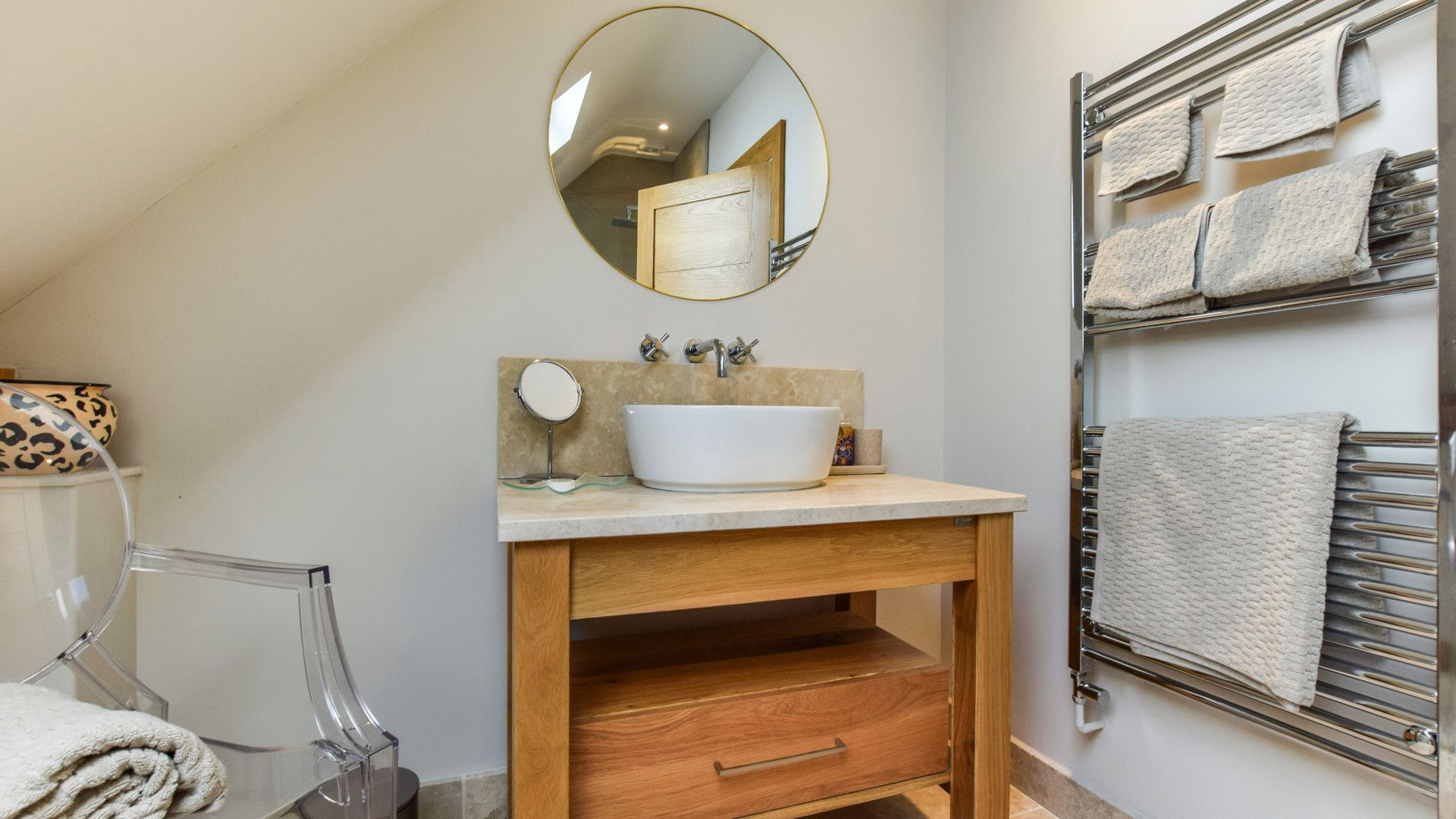 Shower room, Sycamore, Bolthole Retreats