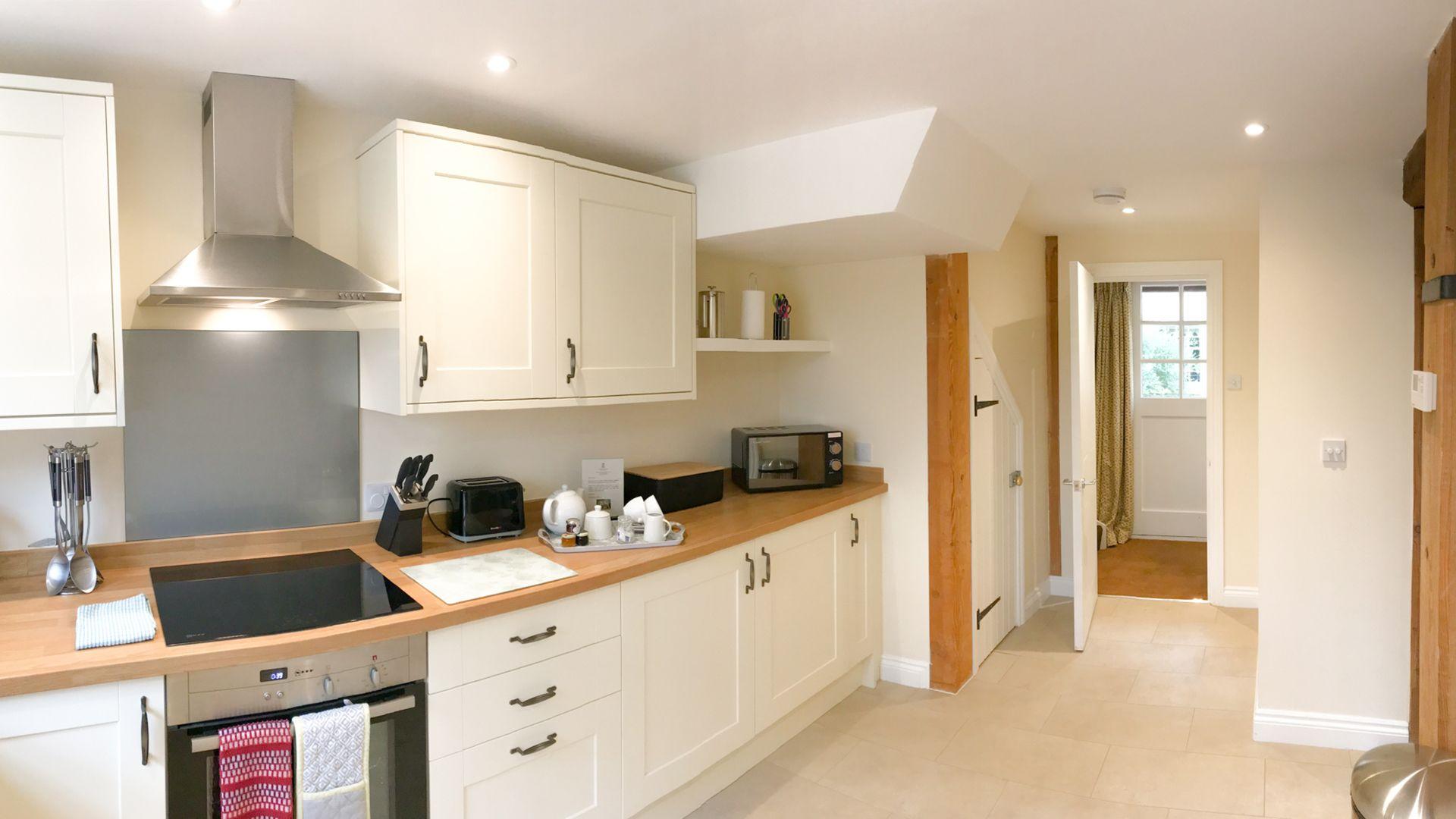 Kitchen, Princess Elizabeth at Sudeley Castle, Bolthole Retreats