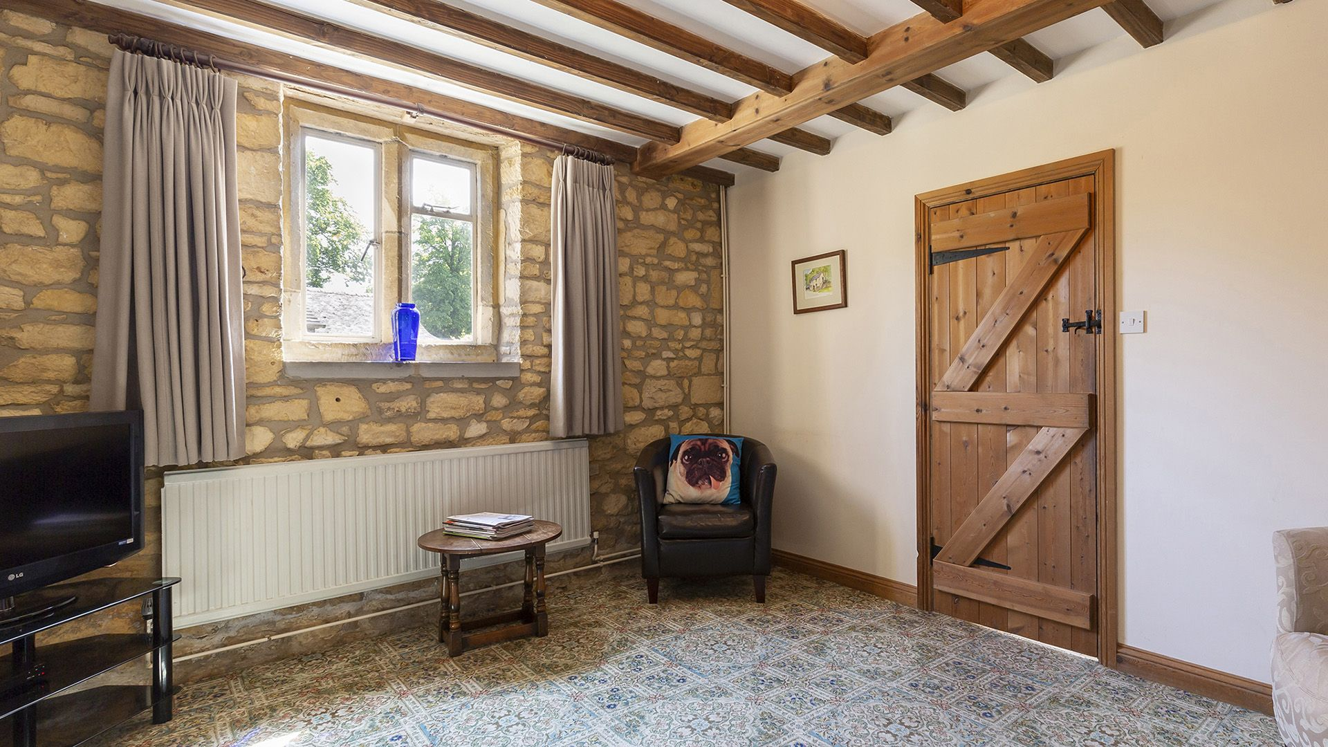 Living room, Sundial Cottage, Bolthole Retreats