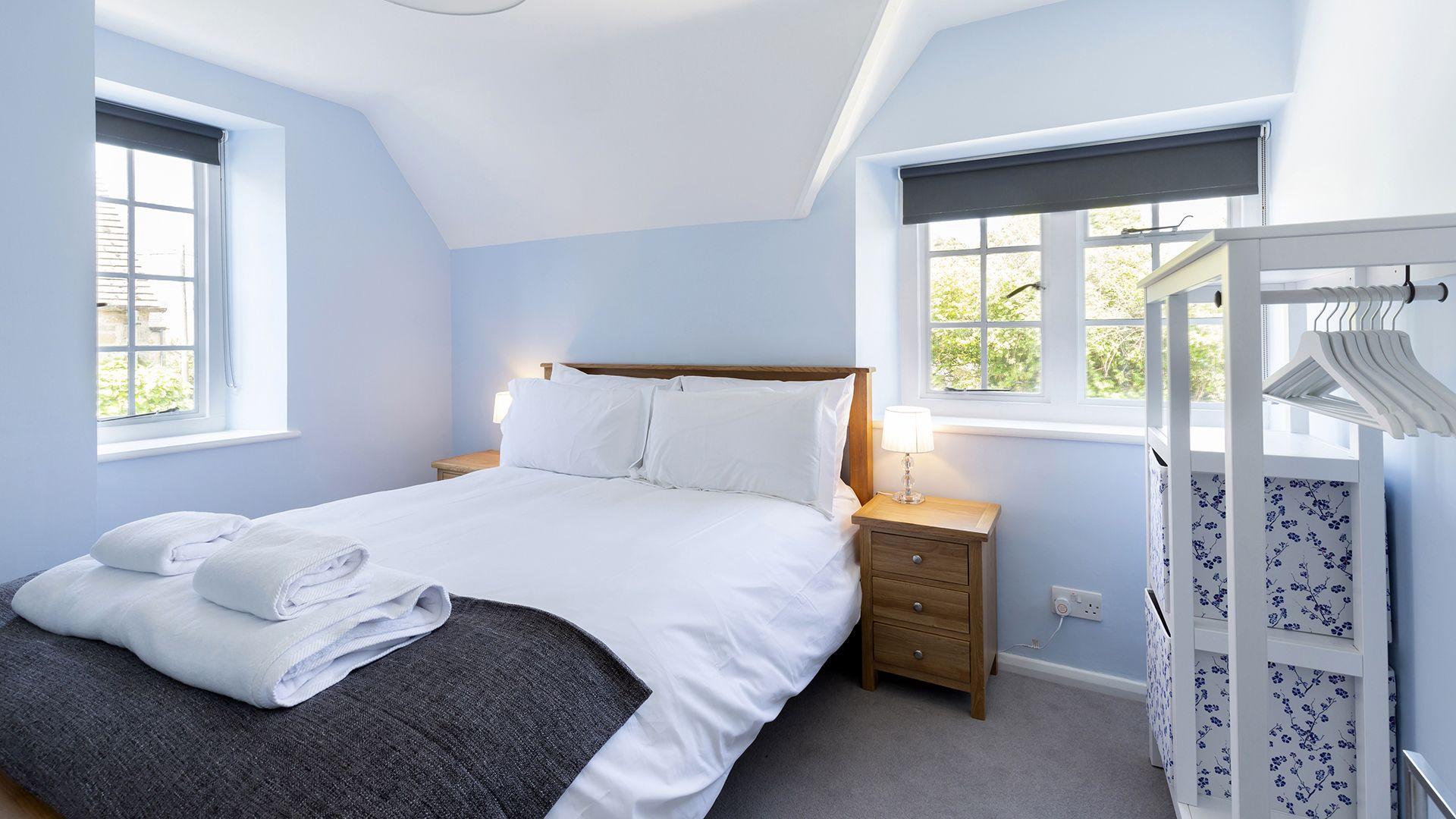 Bedroom 3, South Winds, Bolthole Retreats