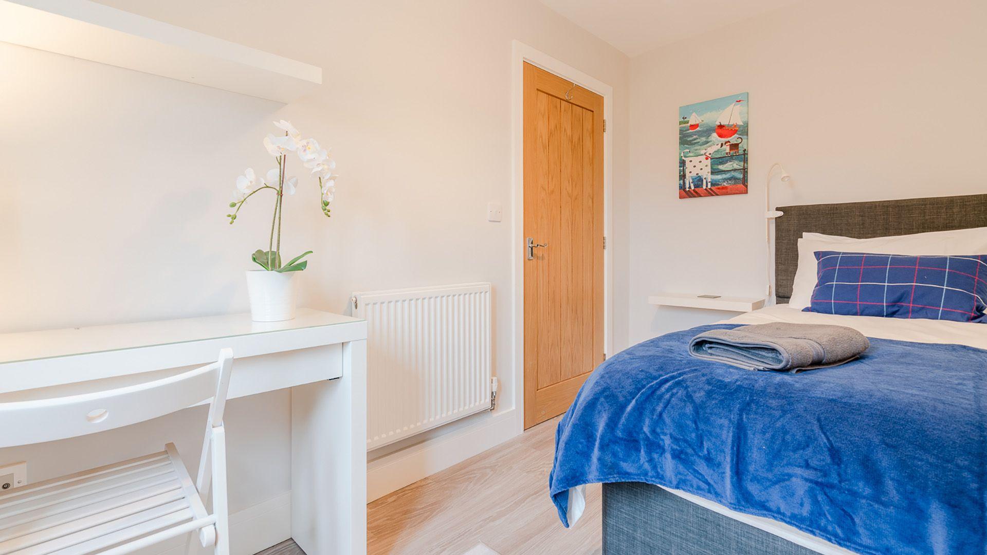 Bedroom 1, single, Maple House, Bolthole Retreats