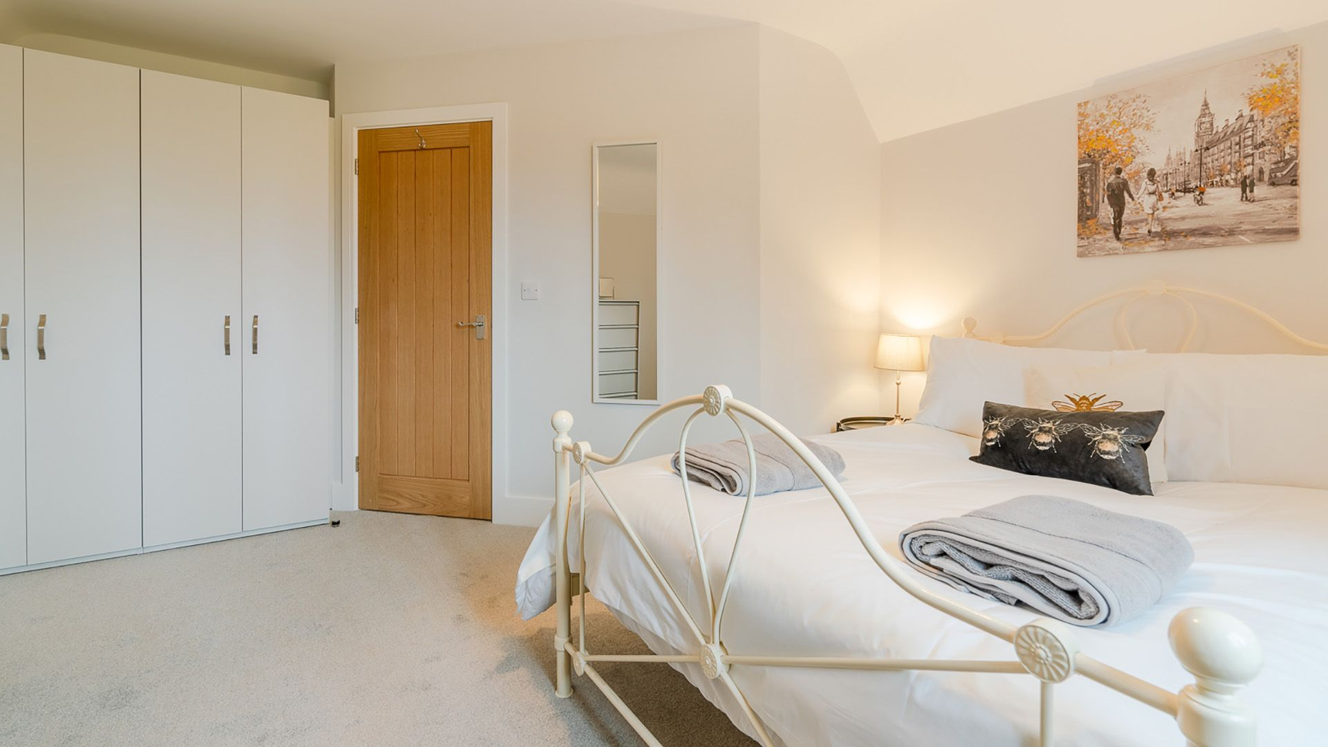 Bedroom 4 with double bed, Maple House, Bolthole Retreats