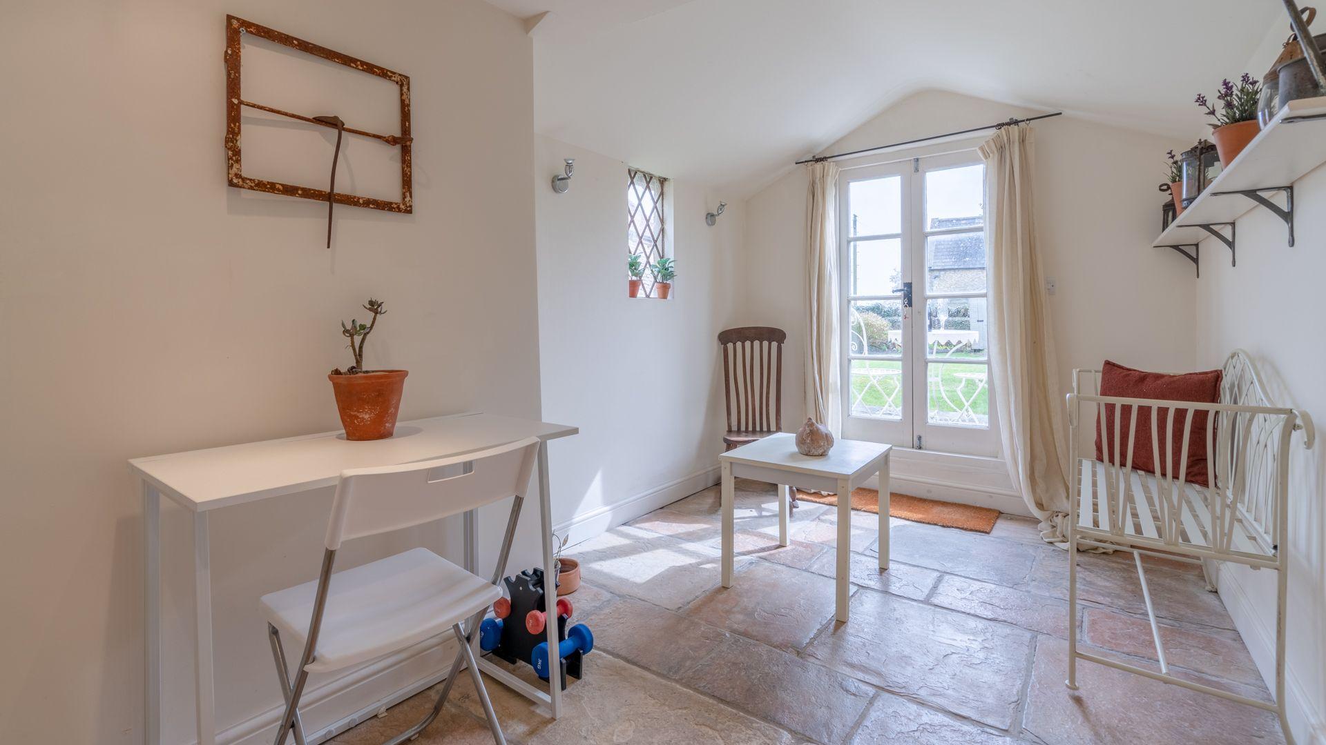 Garden room,  Candlemaker's Cottage, Bolthole Retreats