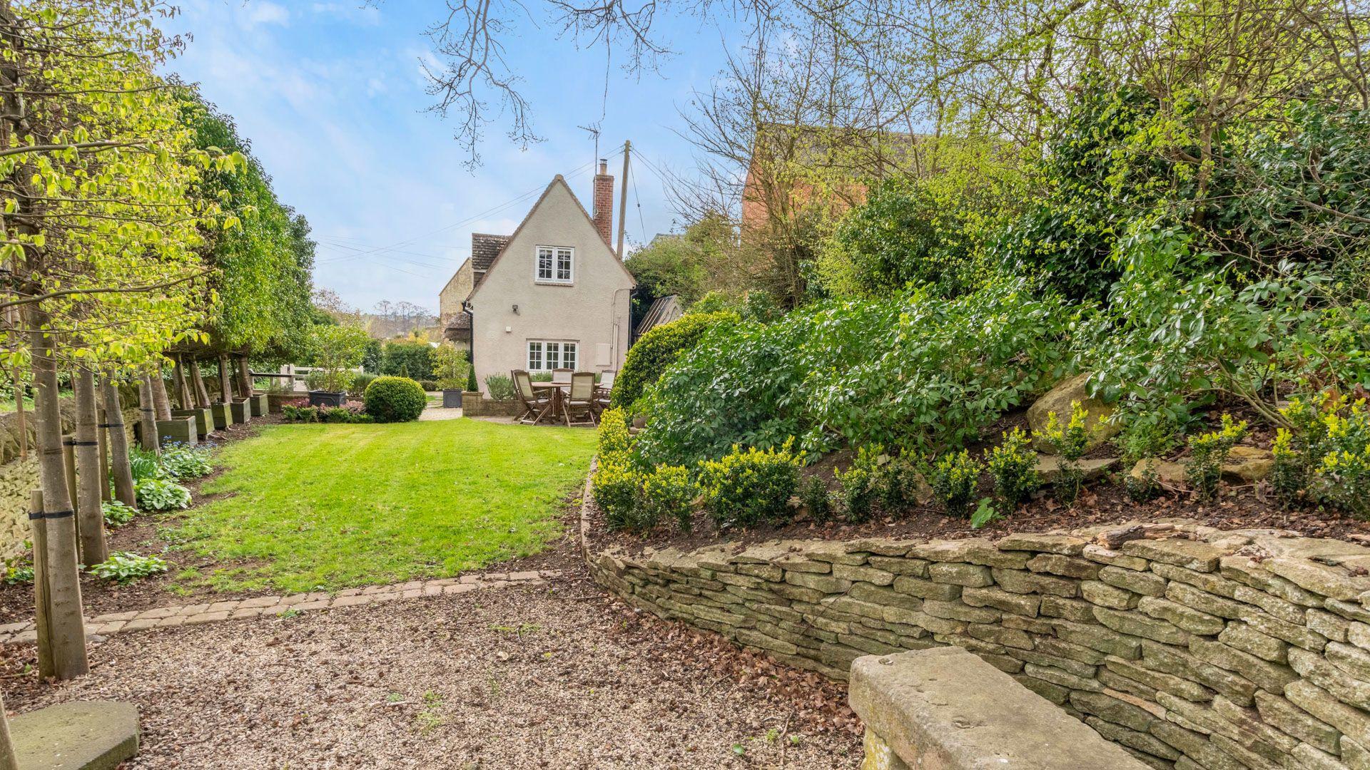 Garden, Thatch Cottage, Bolthole Retreats