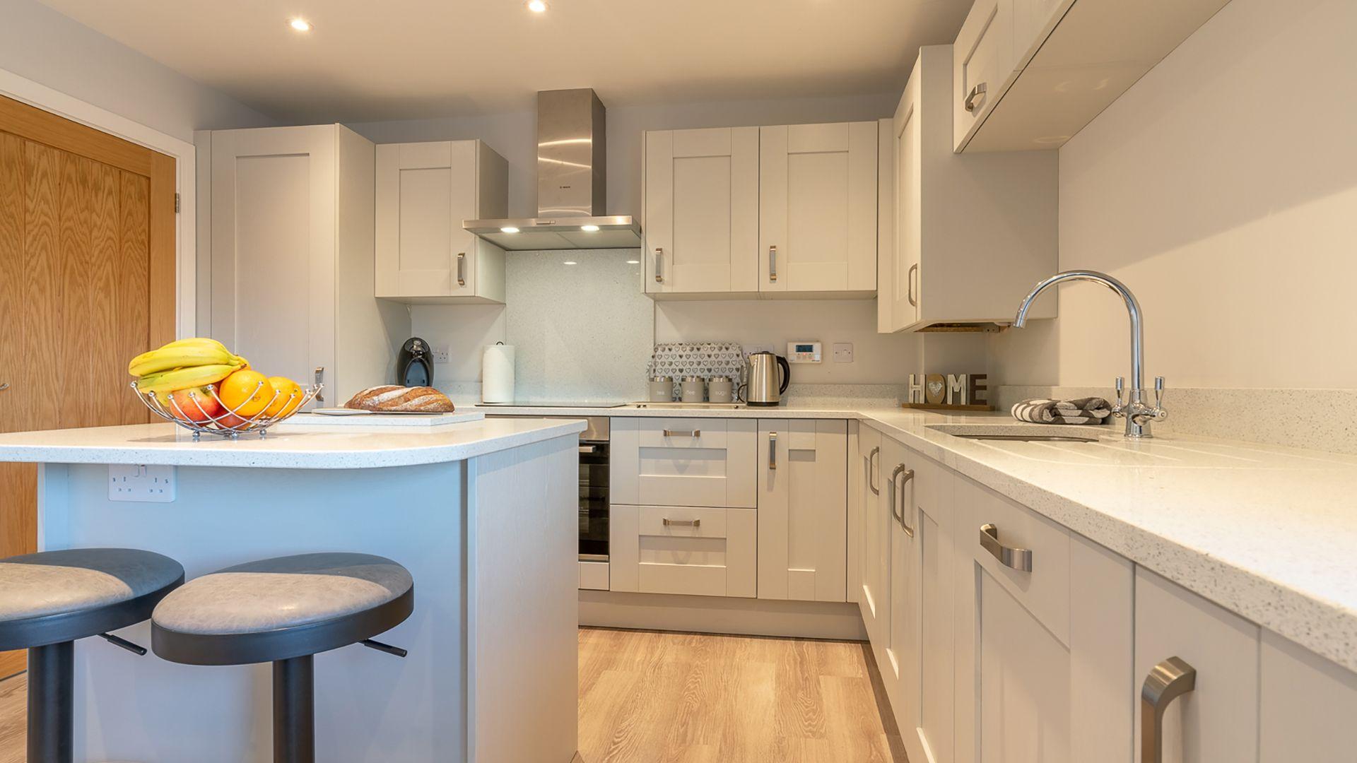 Kitchen with island, Rowan House, Bolthole Retreats