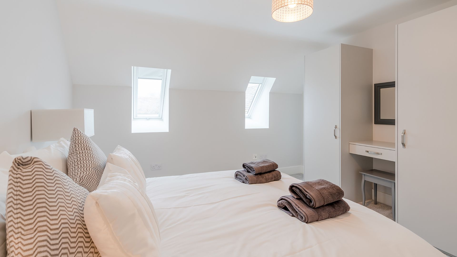 Bedroom 3, Poplar House, Bolthole Retreats