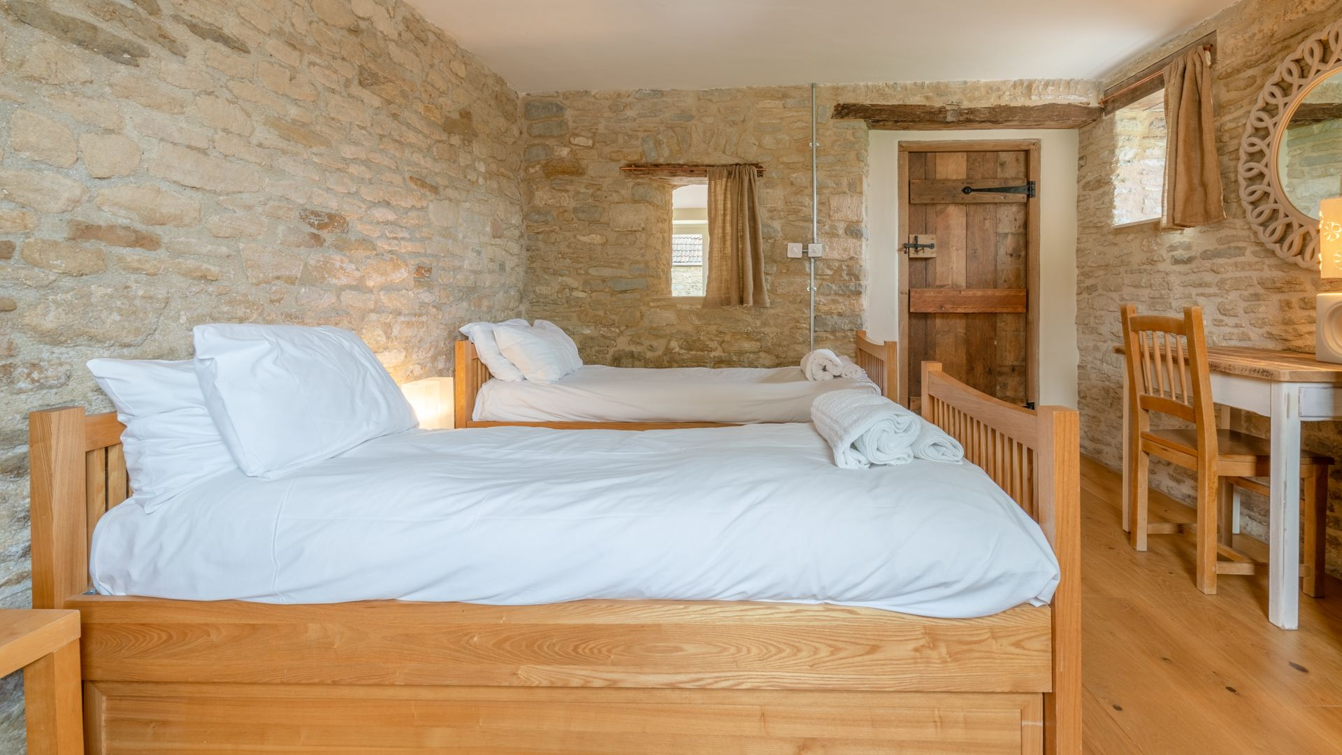 Bedroom 3, twin downstairs, Middle Barn, Bolthole Retreats
