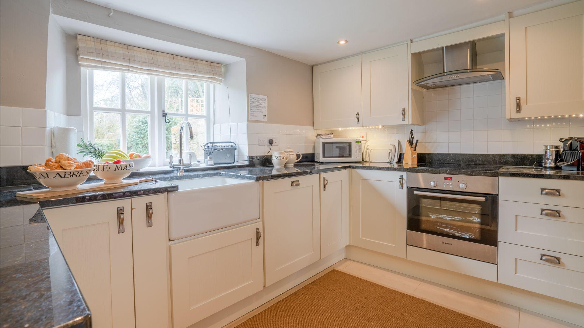 Kitchen, Woodbine Cottage Bolthole Retreats