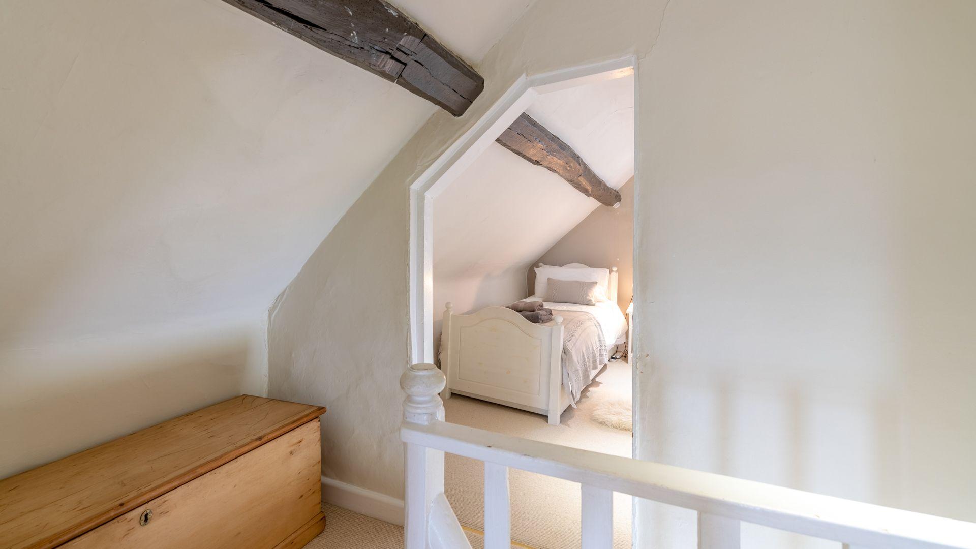 Second Floor, Woodbine Cottage Bolthole Retreats