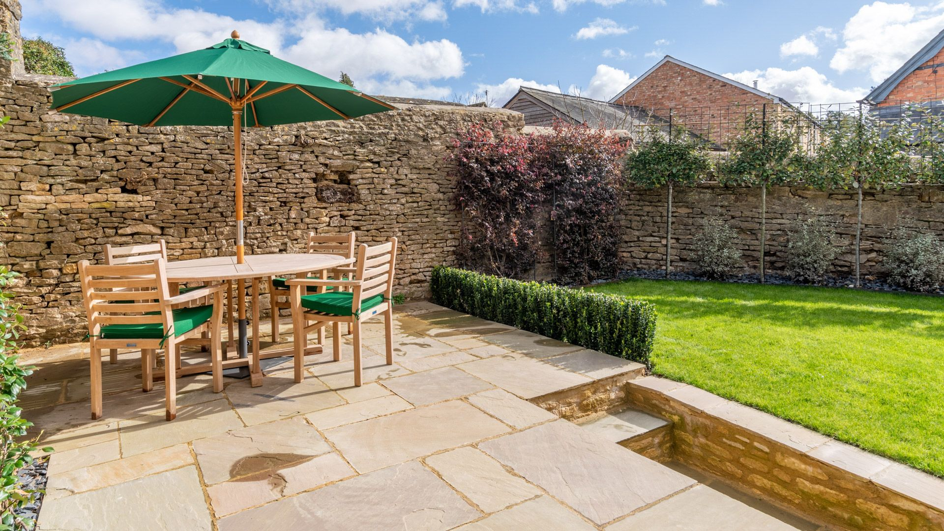 Patio with table and chairs, Tachbrook, Bolthole Retreats