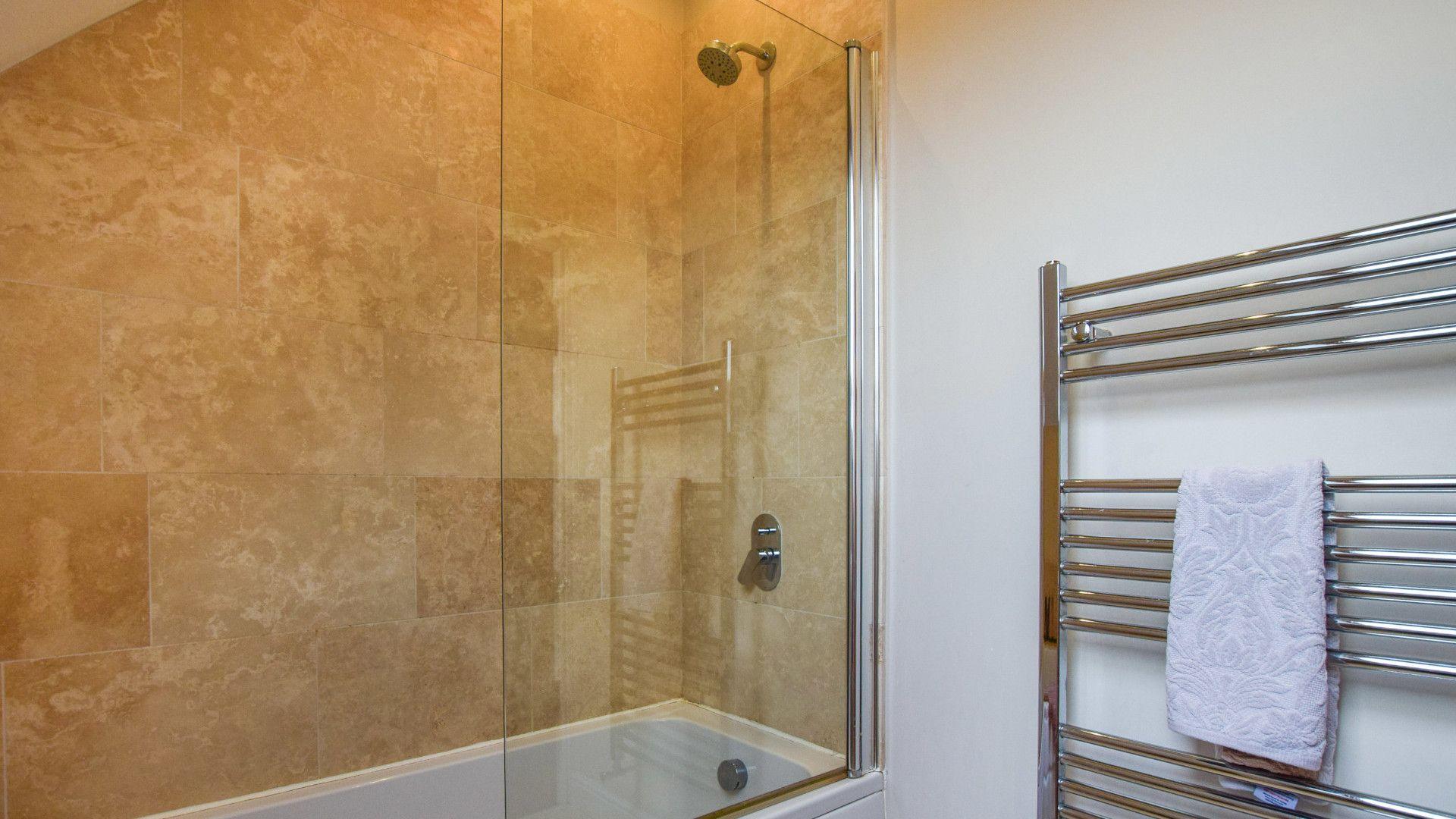 Bathroom,  Granary, Bolthole Retreats