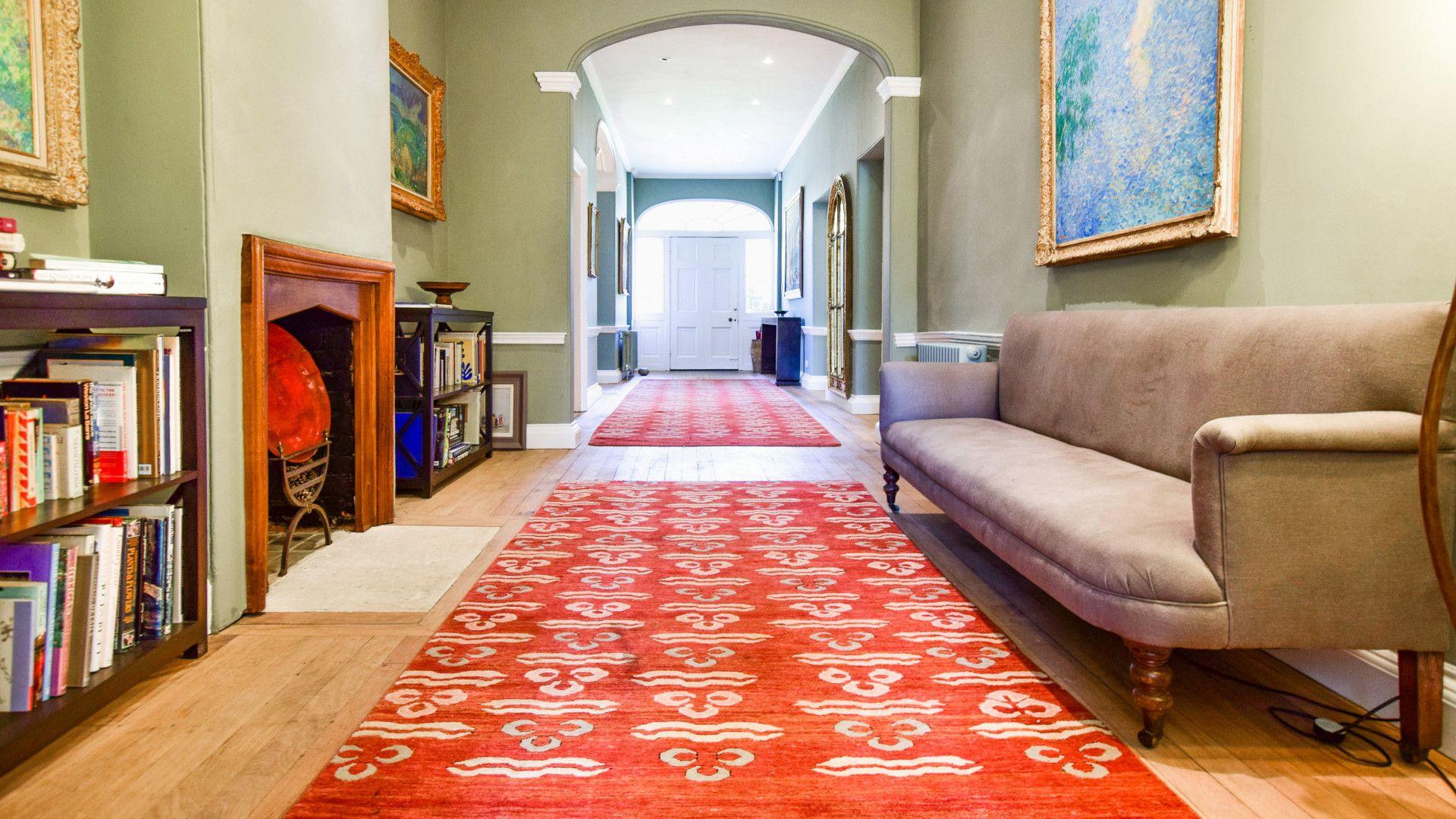 Entrance hallway, Kingscote Park House, Bolthole Retreats
