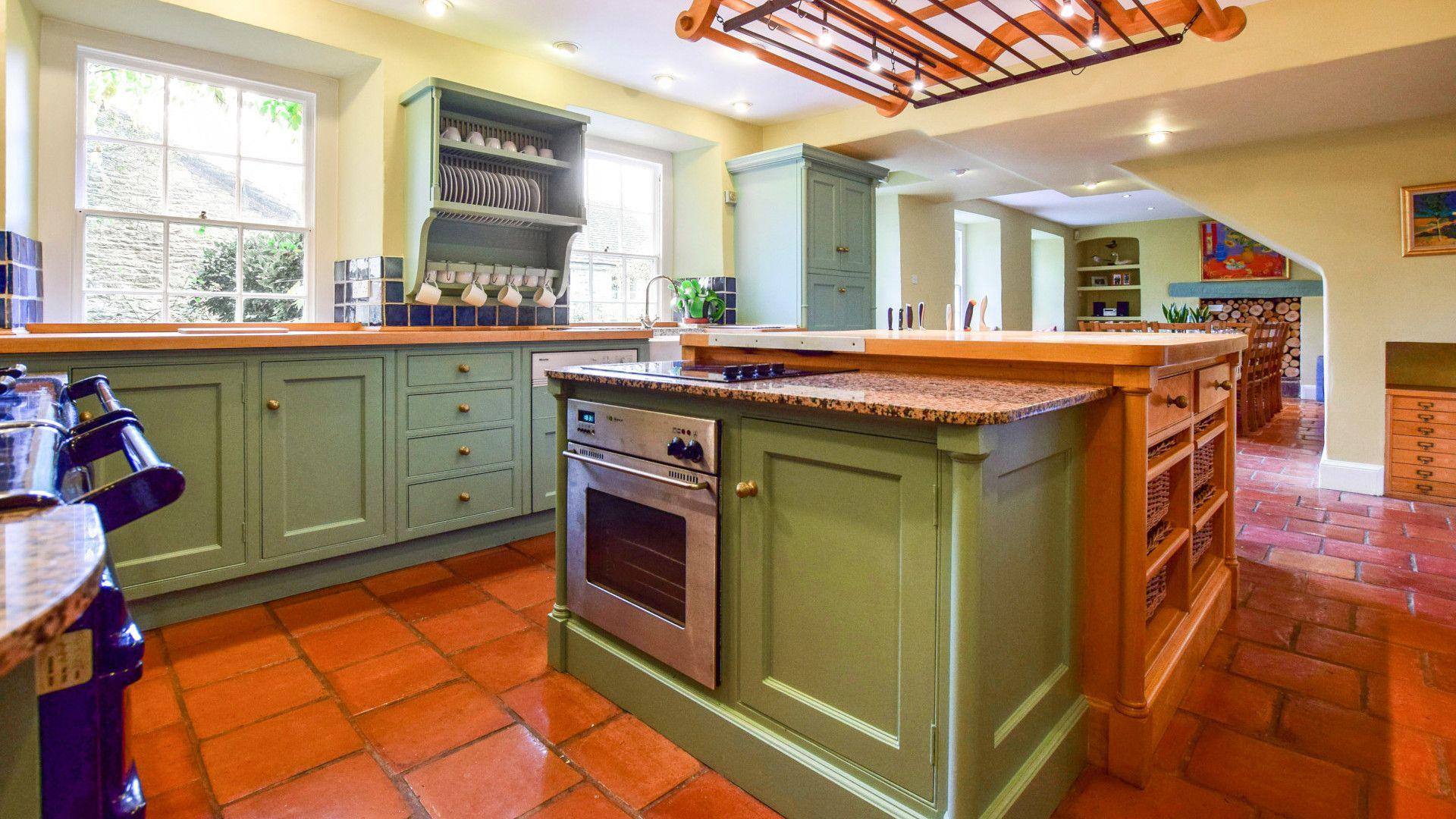 The Kitchen & island, Kingscote Park House, Bolthole Retreats