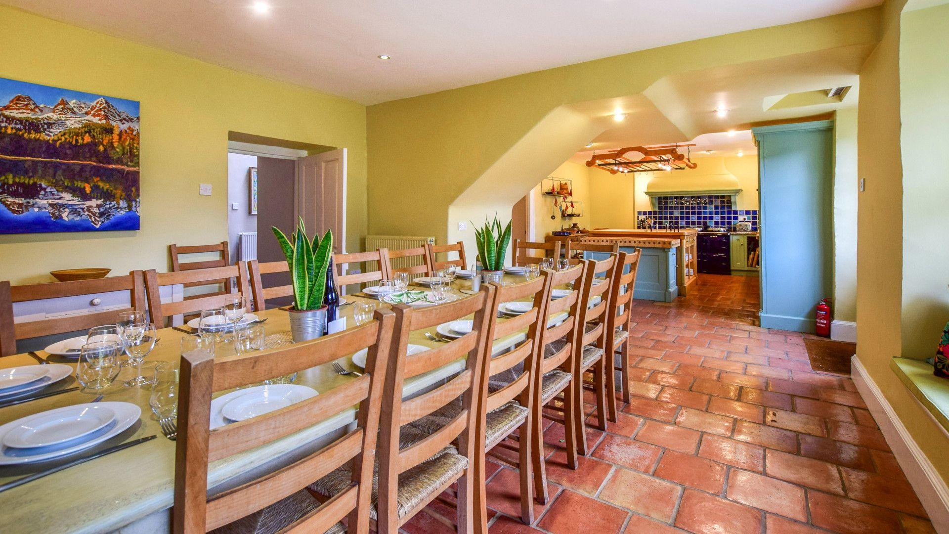 The informal dining area, Kingscote Park House, Bolthole Retreats