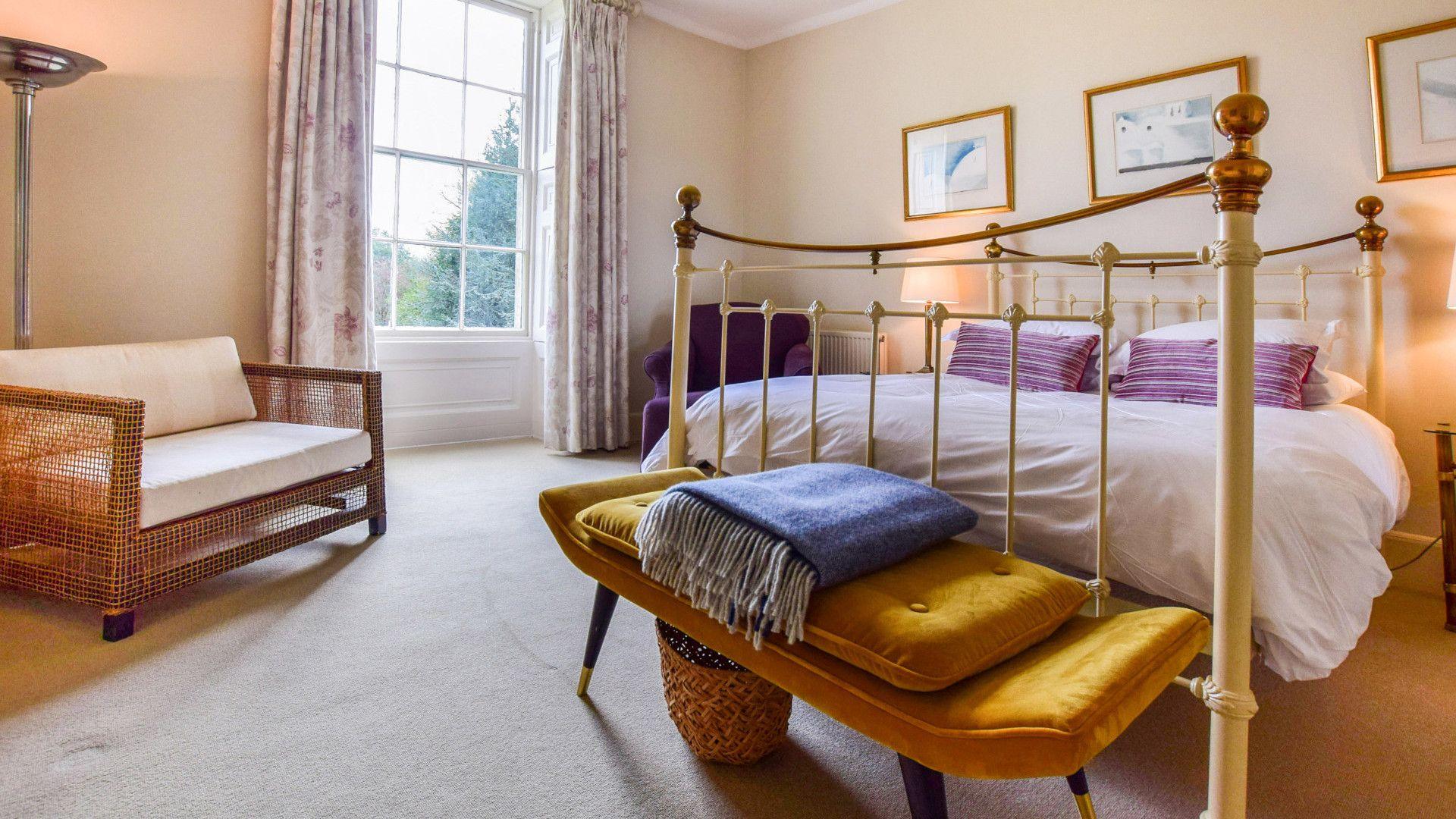 Bedroom Three, Kingscote Park House, Bolthole Retreats