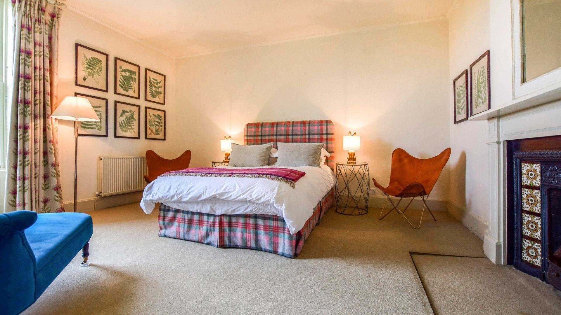 Bedroom Four, Kingscote Park House, Bolthole Retreats