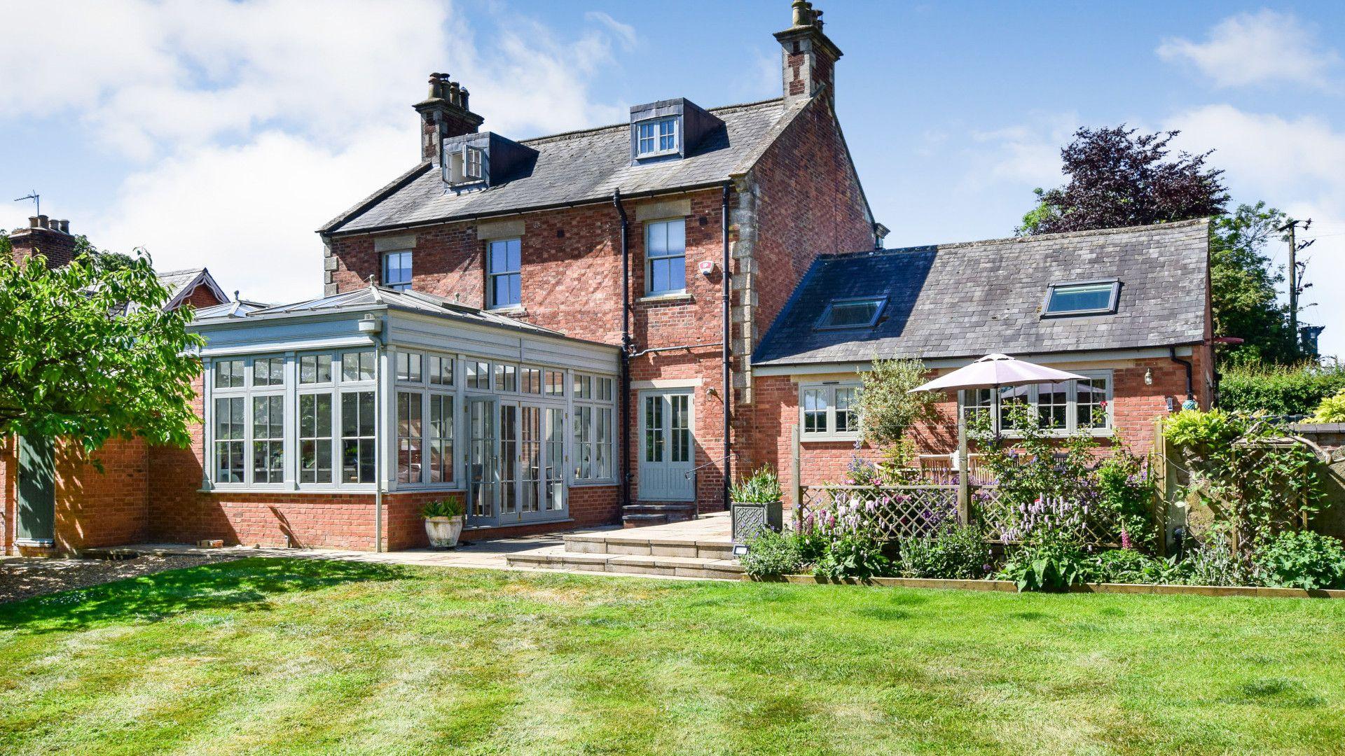 Exterior rear & garden, Old Manse, Bolthole Retreats