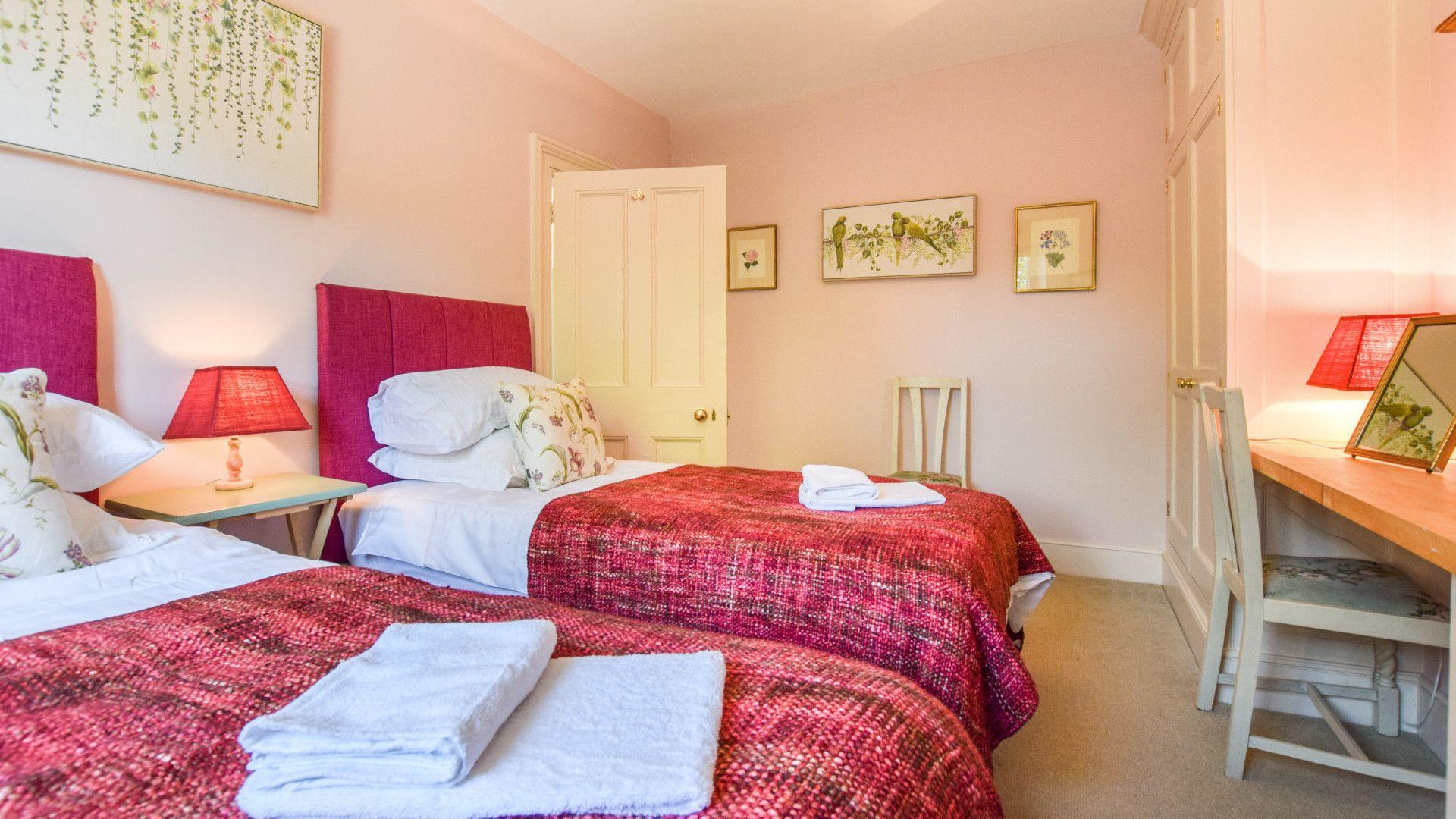 Bedroom 3, twin, Old Manse, Bolthole Retreats