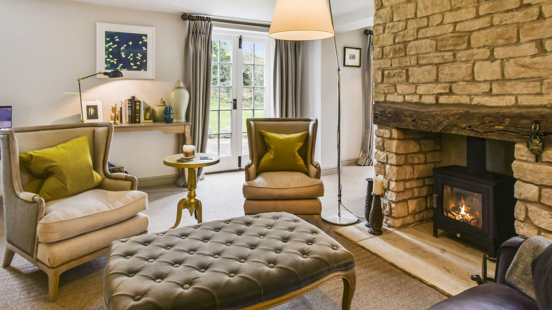 Sitting room, log burner, Westerleigh Cottage, Bolthole Retreats