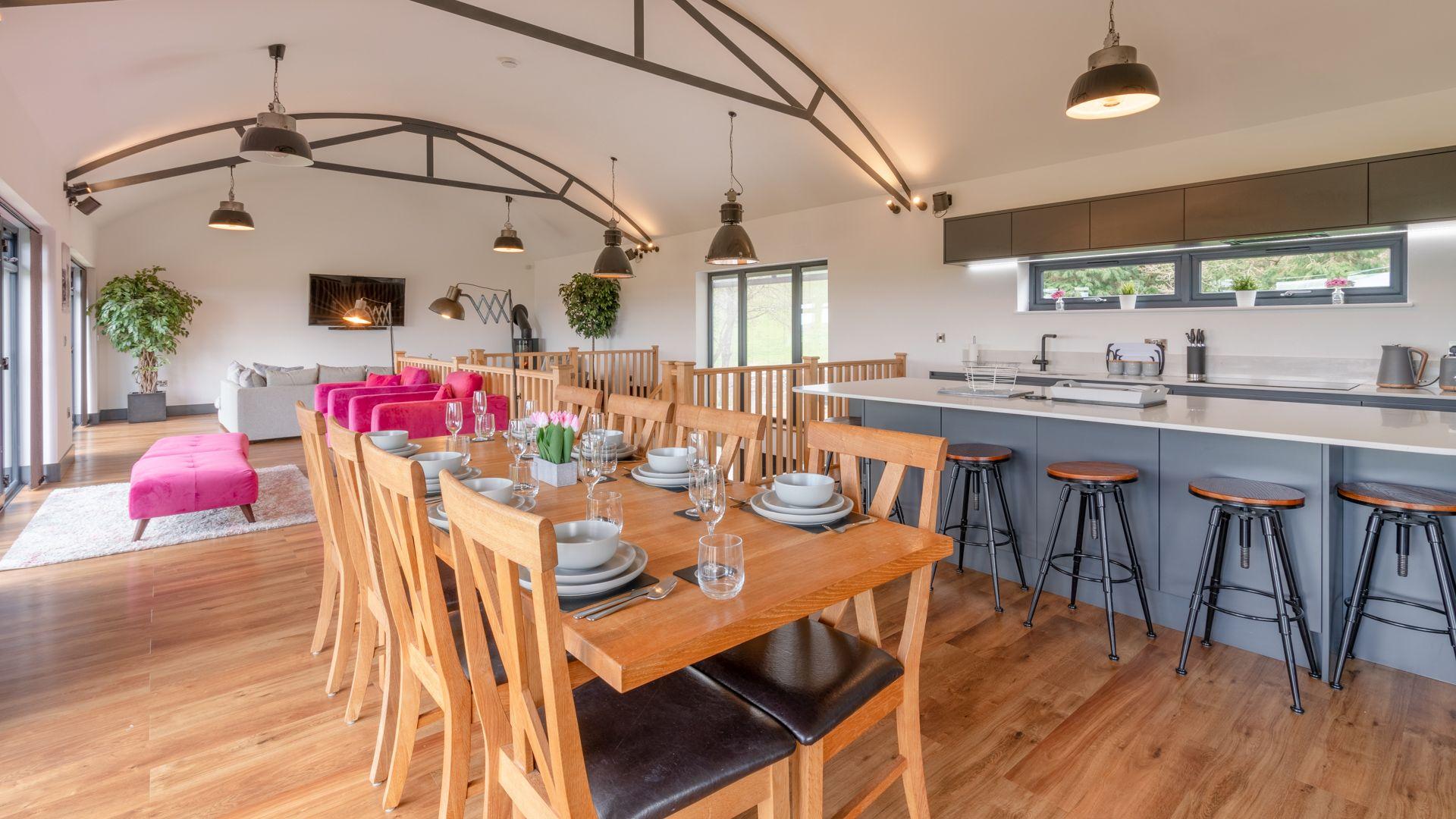 Open plan first floor, Lower Lodge Barn, Bolthole Retreats