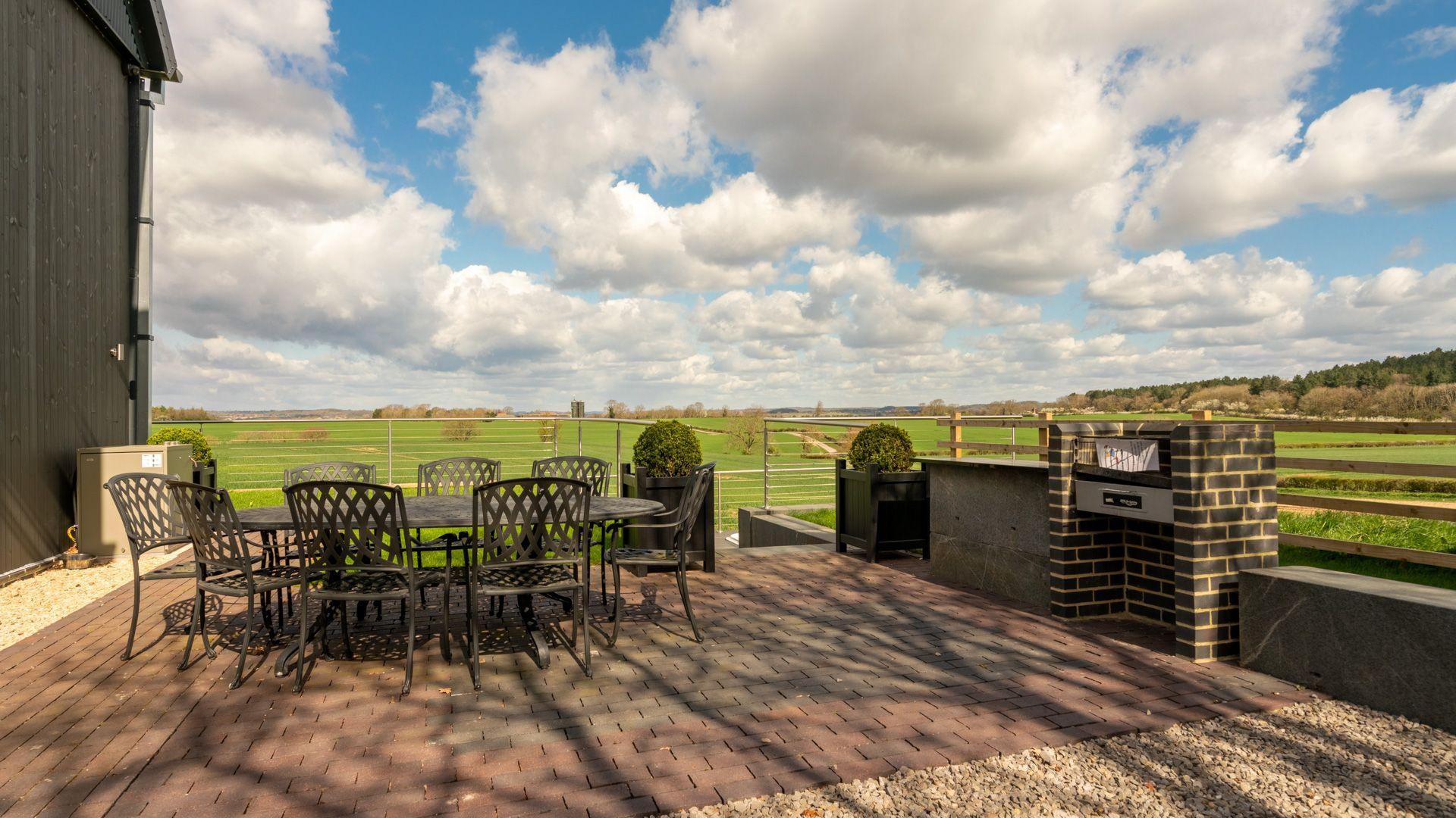 Outside dining area, Lower Lodge Barn, Bolthole Retreats