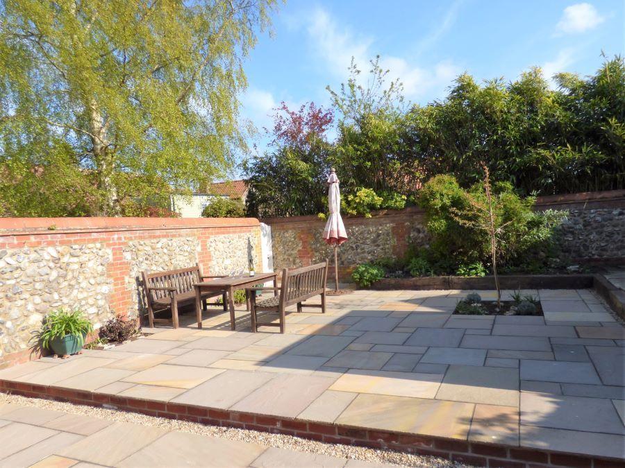 Western Cottage | Newly landscaped garden