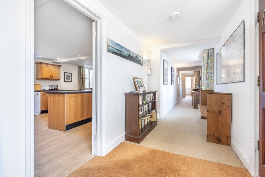 Nelson Lodge | Hallway
