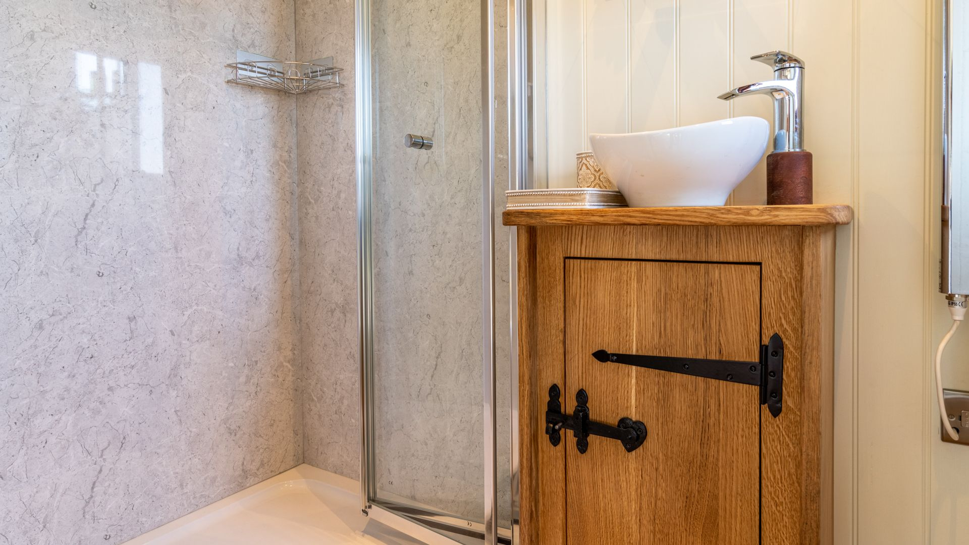 Shower room, Tudor Oak, Bolthole Retreats