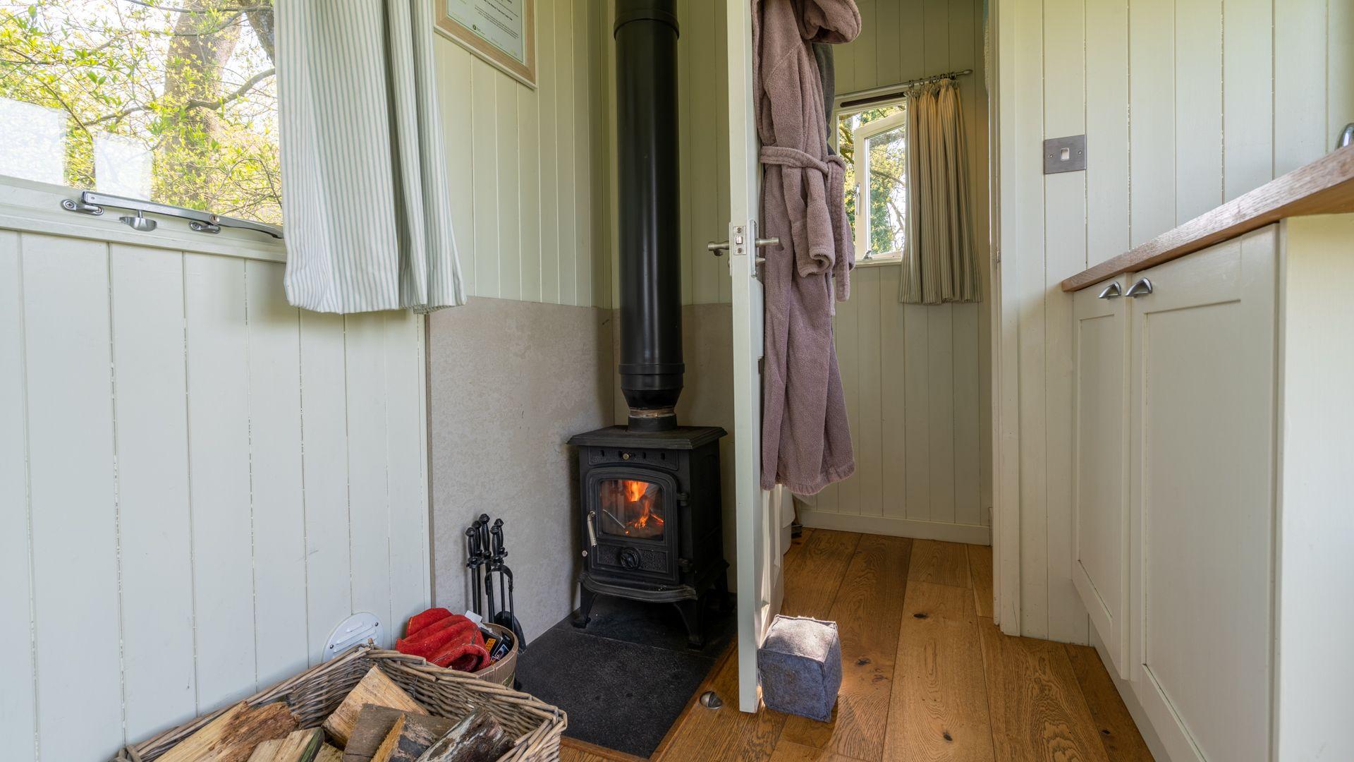Log burner, Under the Walnut Tree, Bolthole Retreats