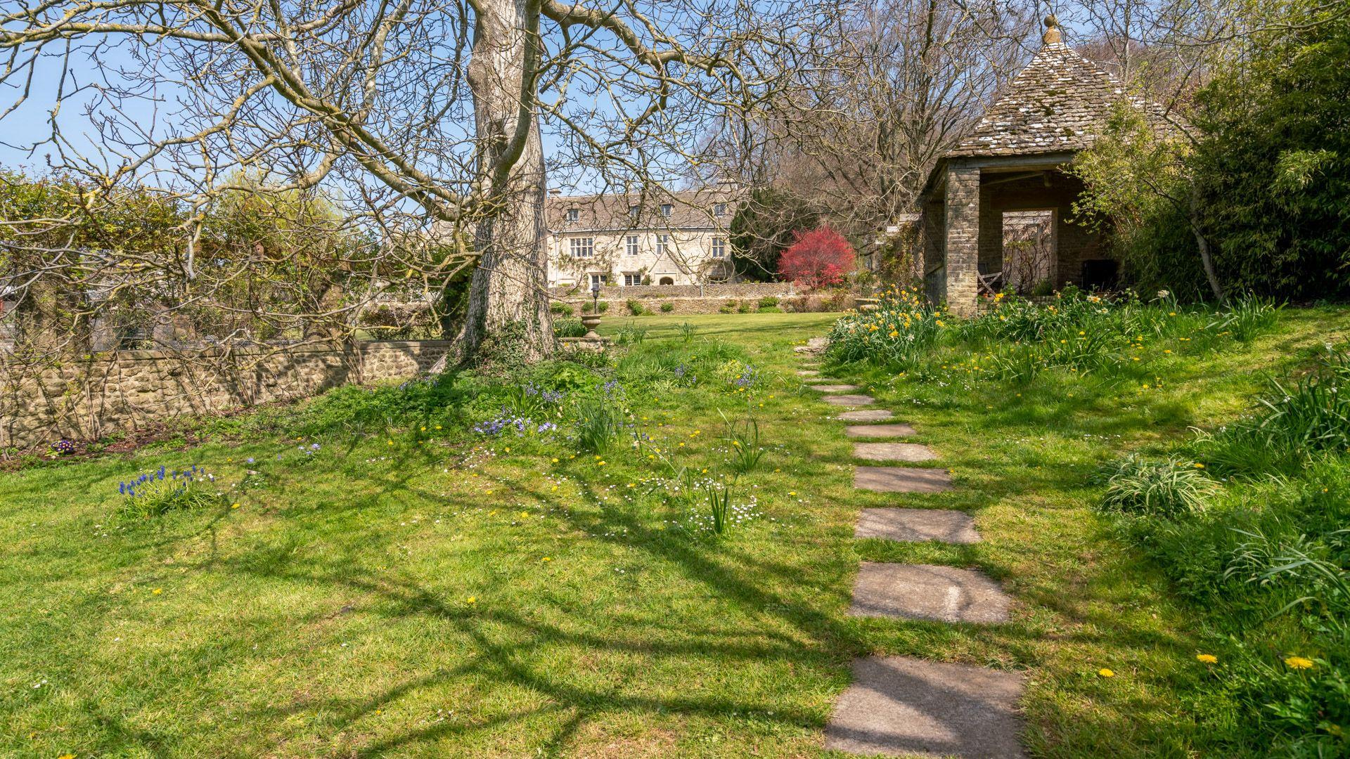View to Garden Room, Under the Walnut Tree, Bolthole Retreats