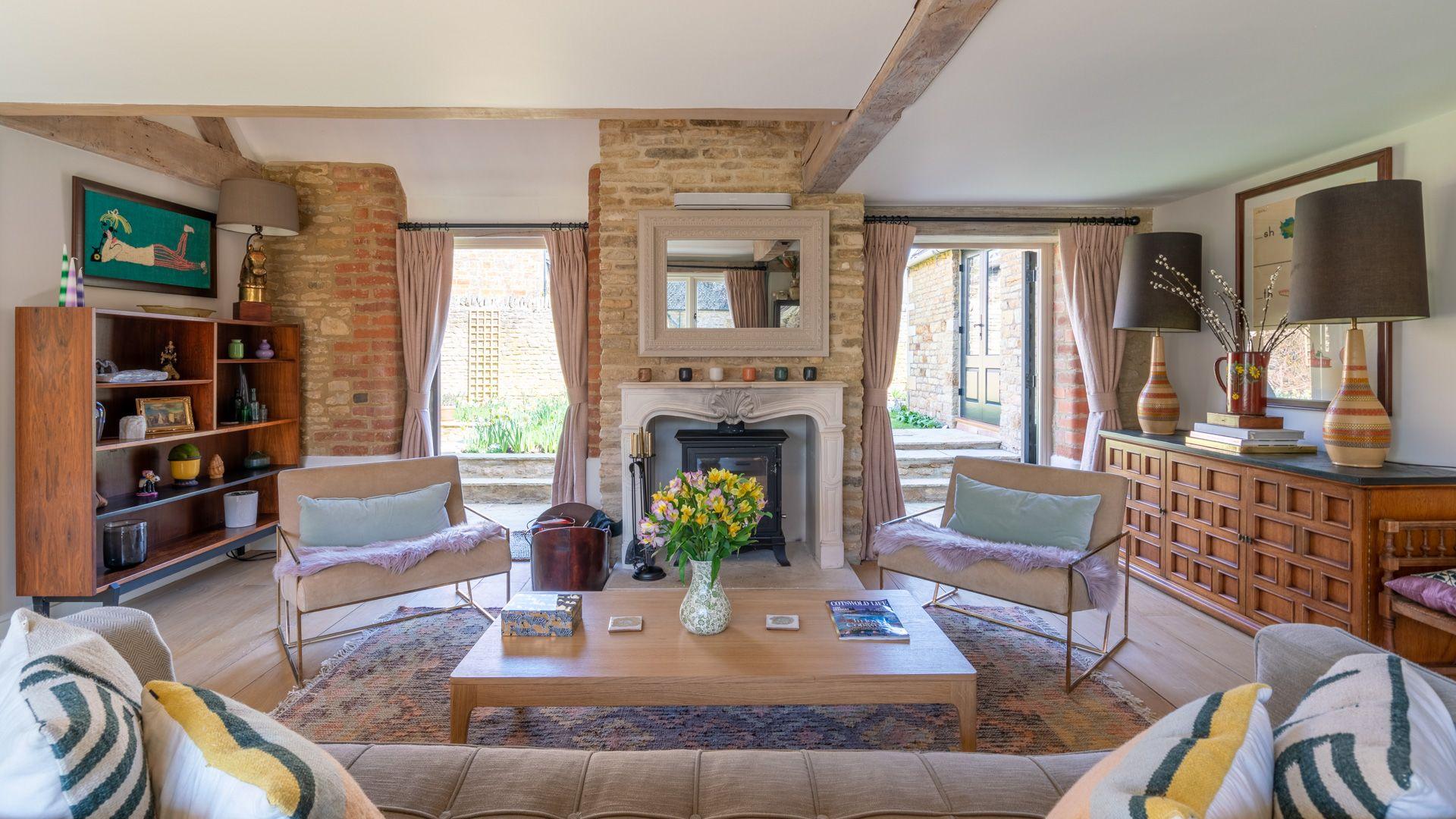 Living room, with smart TV, Quail House, Bolthole Retreats
