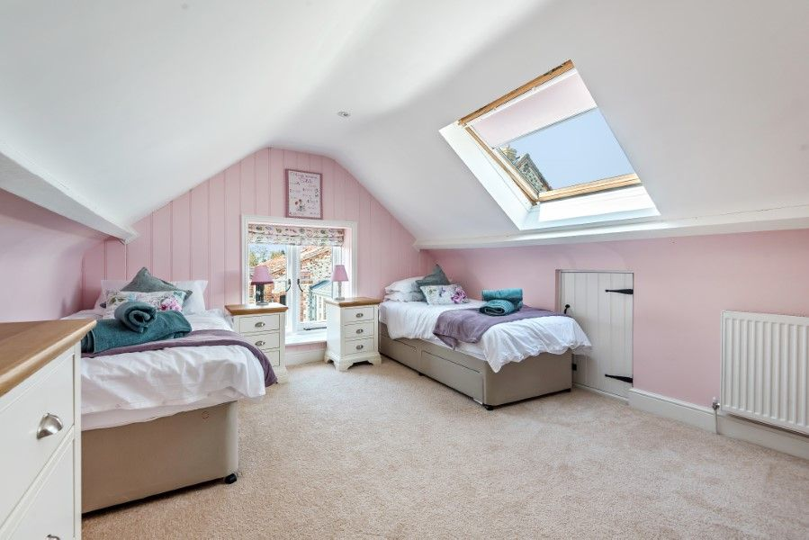 The Stables Manor Court | Bedroom 2