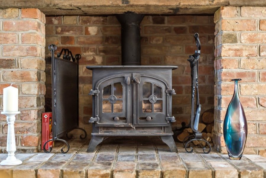 The Stables Manor Court | Wood burner